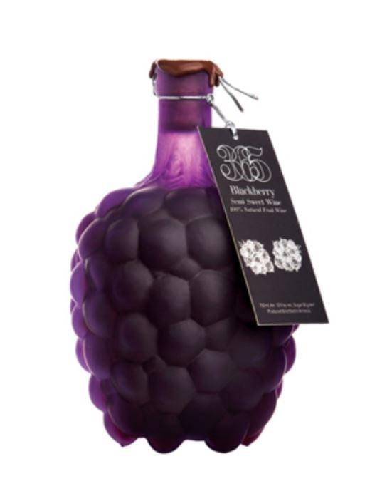 Bramenwijn in souvenierfles